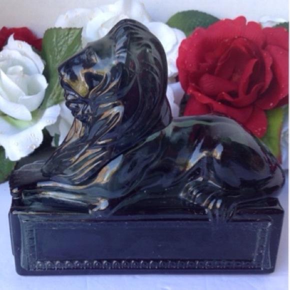 Avon Men's Decanter Green Classic Lion Empty
